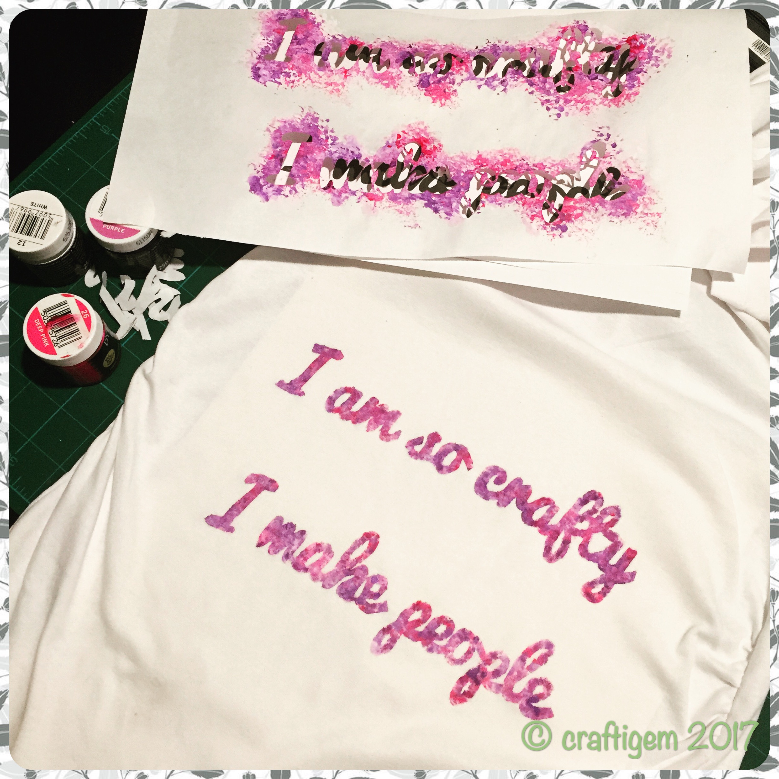 "Maternity t-shirt with the caption ""I am so crafty I make people"""